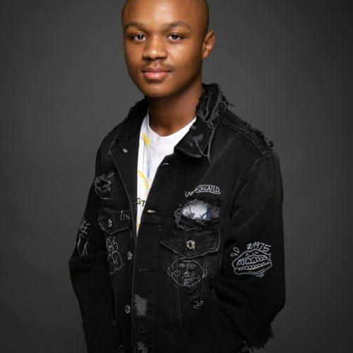 Mphow 69 – Mkantshubomvu (Remix) Ft. L'vovo, Danger, DJ Tira mp3 download