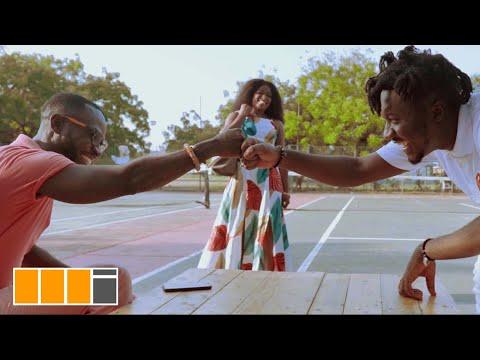 Amerado – Kyerɛ Me Ft. Okyeame Kwame mp3 download