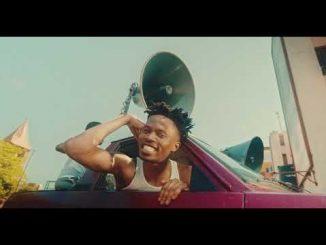 VIDEO: Kweku Smoke Ft. Kwesi Arthur - On The Streets