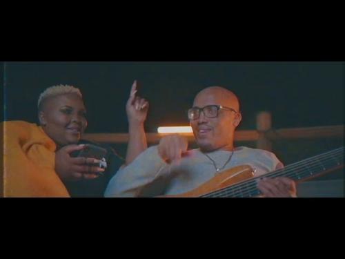 Prince Bulo Ft. Andiswa Live – Ngiyakhuza mp3 download