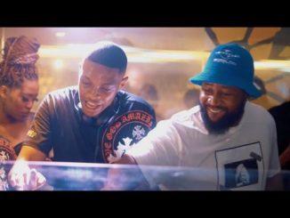 VIDEO: DJ Melzi Ft. Mkeyz, Mphow69 - La Melza